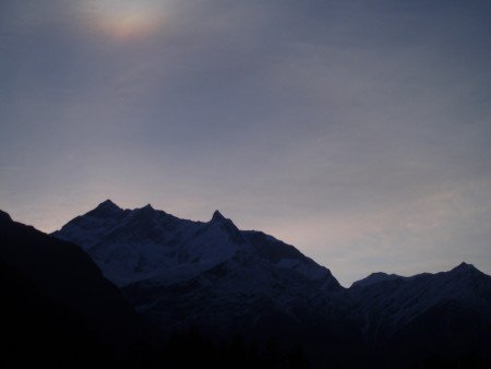 Tour des Annapurnas : Kalopani   Tatopani lever soleil annapurna 1 kalopani nepal 450x338