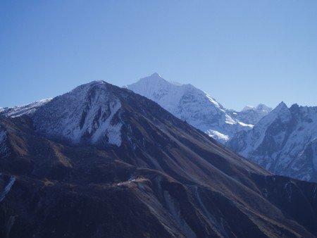 Trek dans le Langtang    Jour 6 : Ascension du Kyanjing Ri   Kyanjing Gompa   Ghora Tabela tserko ri gangchhempo langtang 450x338
