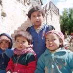 Photos de trek au Népal enfants nepalais kagbeni nepal  150x150