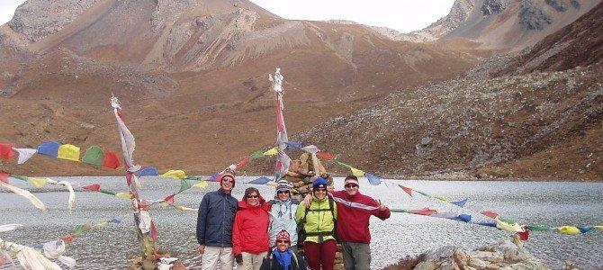 Trek au Népal : seul ou avec une agence ?