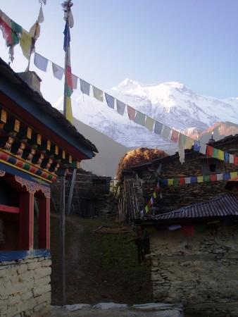 Tour des Annapurnas : Upper Pisang   Ngawal   Braga village upper pisang nepal2 338x450